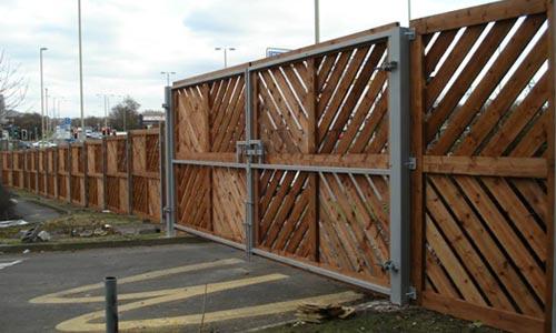 Retail fencing
